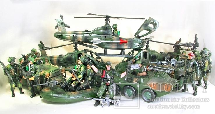Новые большие и реалистичные фигурки солдат и техники Десантная рота США, фото №3