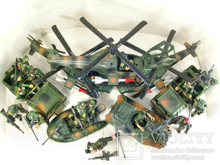 Новые большие и реалистичные фигурки солдат и техники Десантная рота США, фото №4