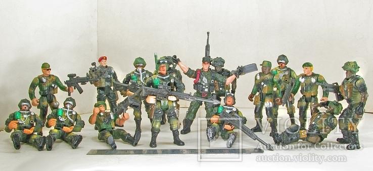 Новые большие и реалистичные фигурки солдат и техники Десантная рота США, фото №9