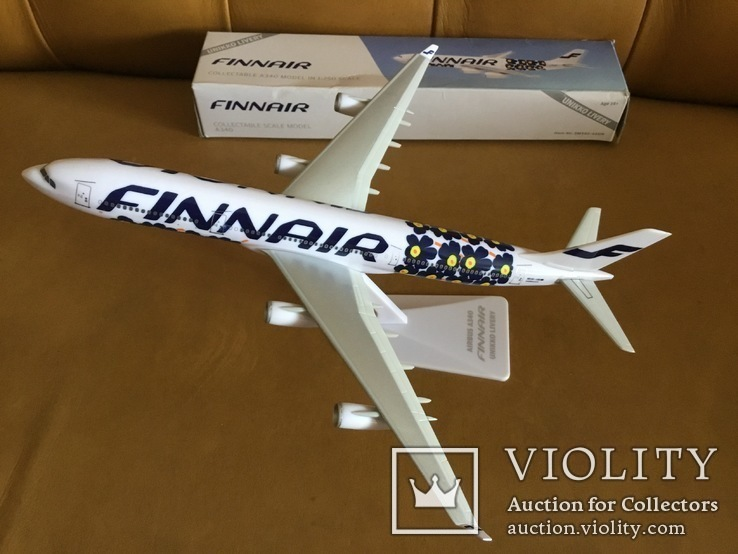 Модель самолёта Finnair A340, 1:250