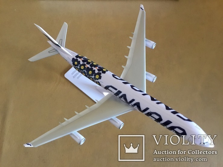 Модель самолёта Finnair A340, 1:250, фото №4