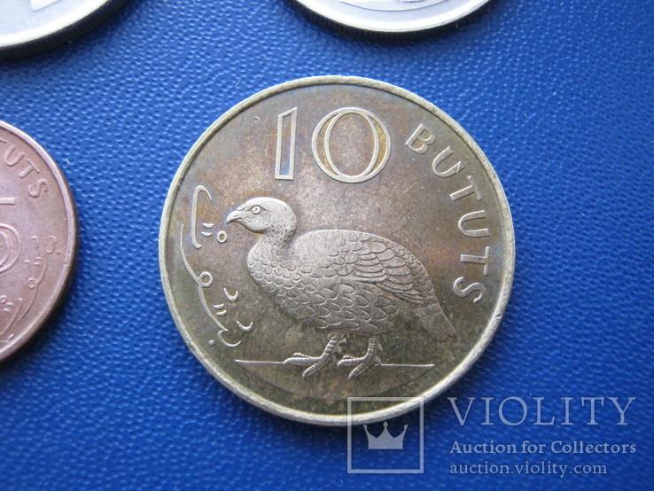5 ,10 , 25 , 50 бутутов Гамбии 1998 г., фото №6