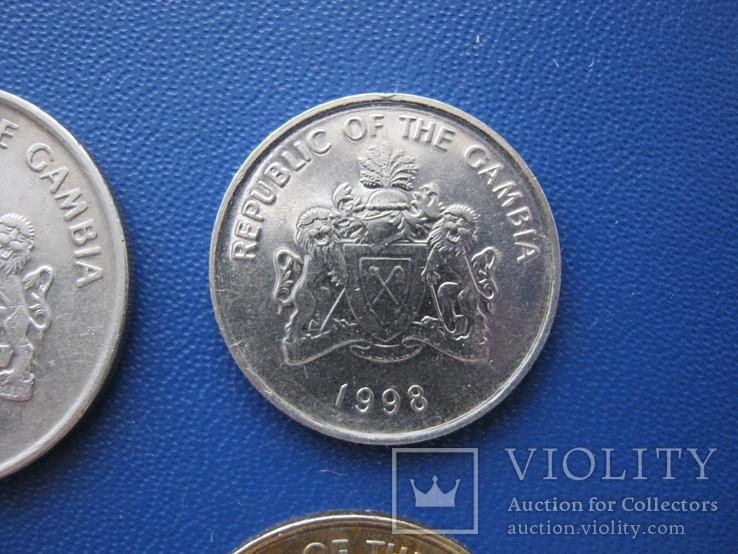 5 ,10 , 25 , 50 бутутов Гамбии 1998 г., фото №10