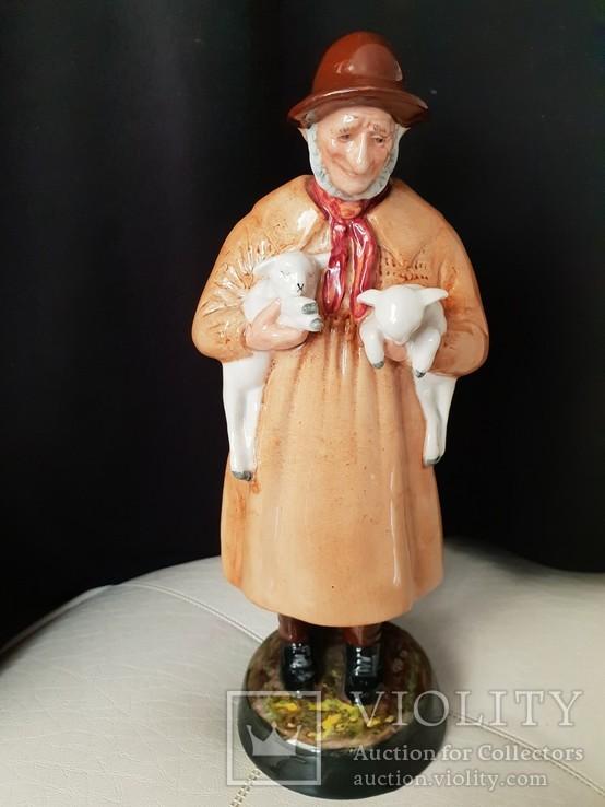 Статуетка Royal Doulton '' Lambing time''