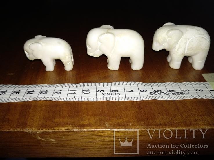 Фигурки три слона