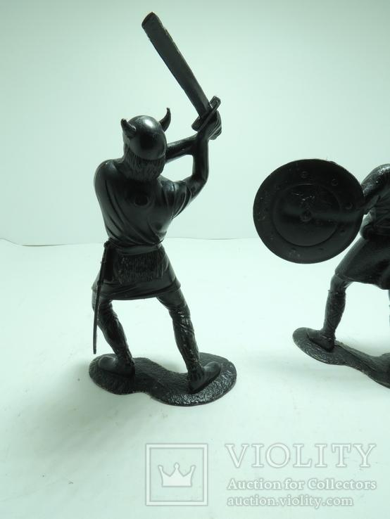 Солдатики солдаты ДЗИ СССР большие пластик 15см Викинги, фото №8