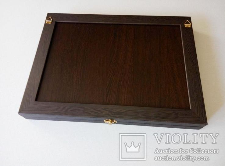 Магнитная витрина для наград ,значков и других предметов коллекционирования, фото №4