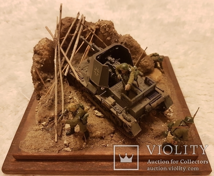 Немецкая самоходка с солдатами в уличном бою, фото №8