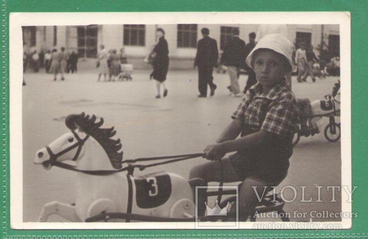 Киев Аттракцион Мальчик Лошадка-велосипед, фото №2