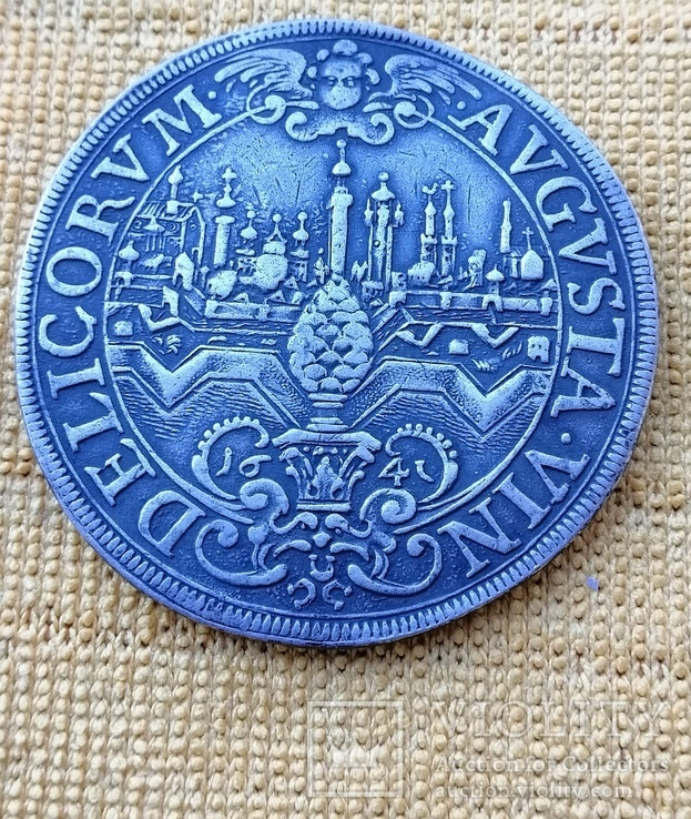 Талер 1641 г. Вольный город Аугсбург.
