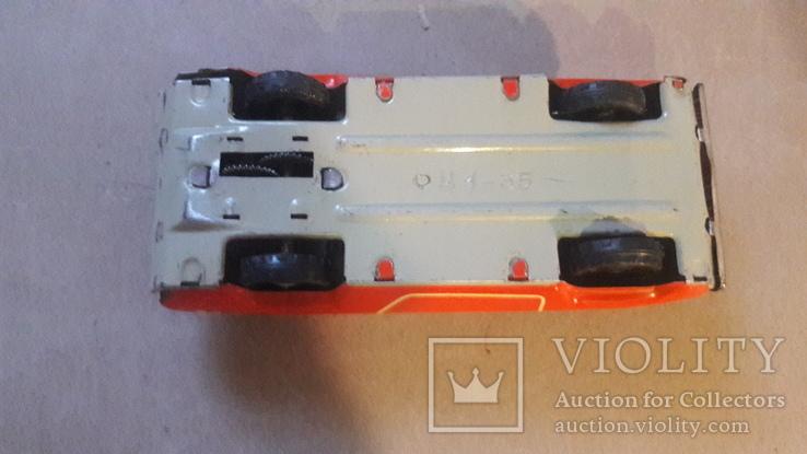 Игрушка ссср машинка автомобиль Радуга инерционная не работает, фото №4