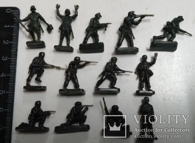 Солдаты Вермахта (из двух наборов )., фото №3