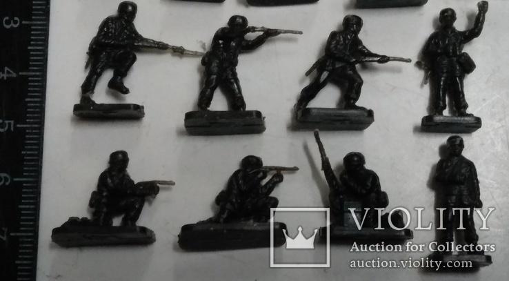 Солдаты Вермахта (из двух наборов )., фото №5