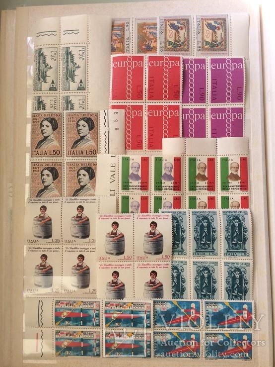 Італія 1971р річний набір без 2 серій у квартблоках з полями MNH