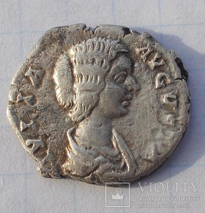 Денарій Юлії Домни 193-217 р. н.е.