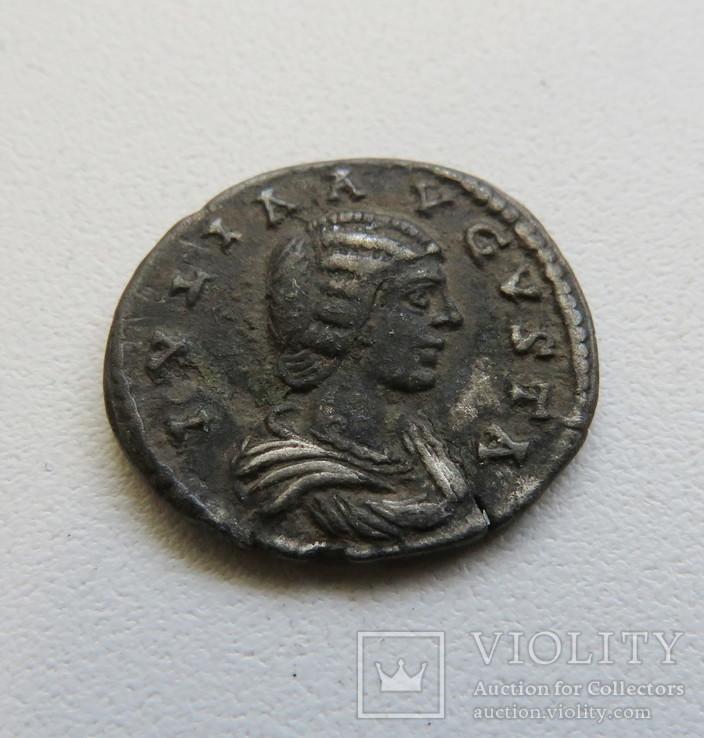 Динарий Юлия Домна 193-217 г. н.э.