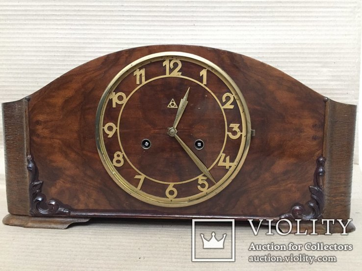 Старые каминные часы Alpina. Германия.