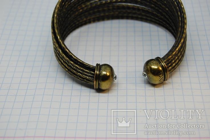 Широкий жесткий браслет с маркировкой MNG (Mango), фото №6