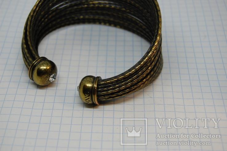 Широкий жесткий браслет с маркировкой MNG (Mango), фото №7