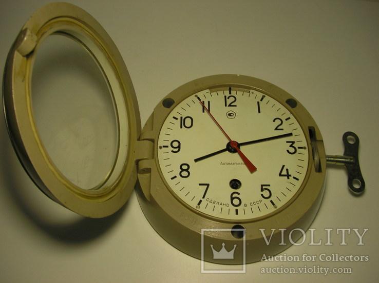 Часы судовые. Антимагнитные.