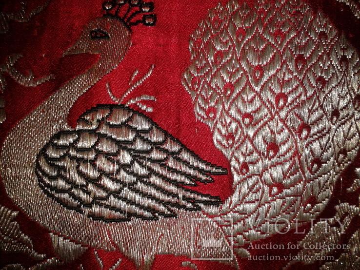 Серебряные павлины на красном., фото №4