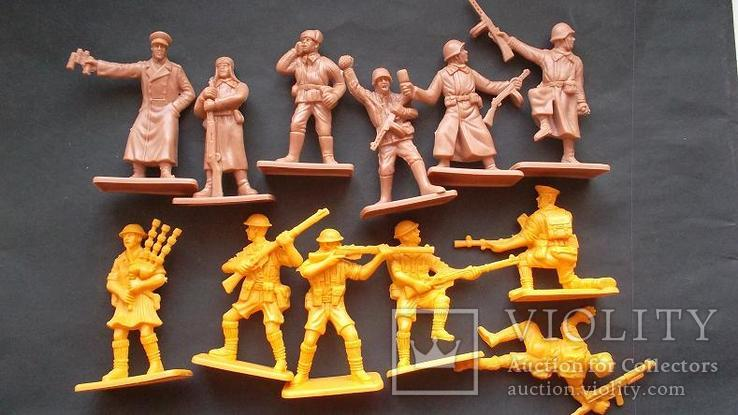 Солдатики - советская армия и шотландцы