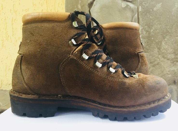 Ботинки ( натуральная кожа)