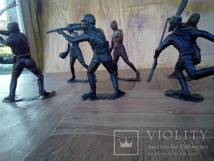 Болшые фигуры солдатов ссср + бонус подарок два солдата, фото №5
