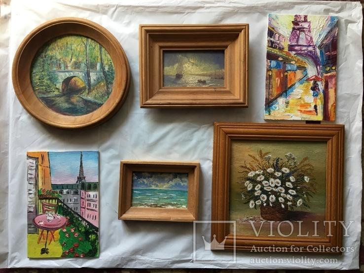 Коллекция миниатюрных картин