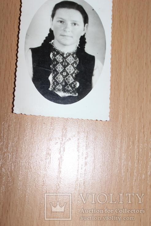 Фото  Дівчина в вишиванці 1961 рік, фото №2