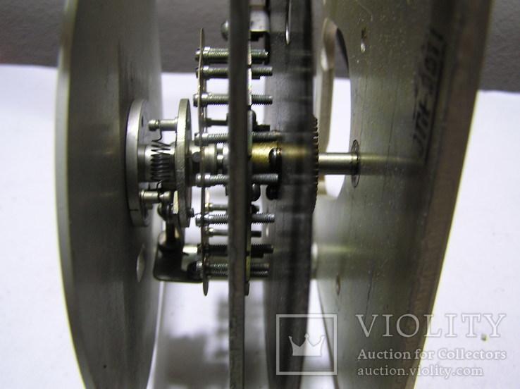 Механизм настройки с какого-то прибора/генератора,скорее всего/., фото №4