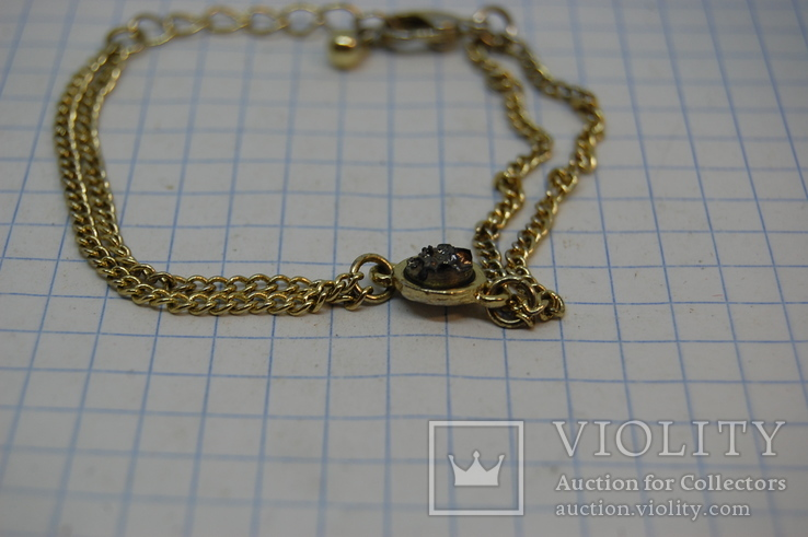 Браслетик с цепочками и интересной вставкой, фото №4