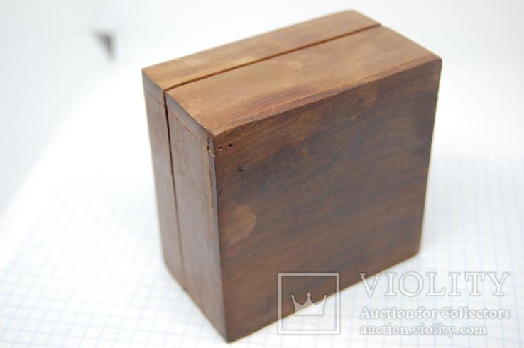 Деревянный футляр. Резьба, инкрустация латунью, фото №8