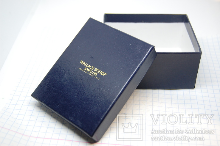 Фирменная коробочка для украшений, фото №2