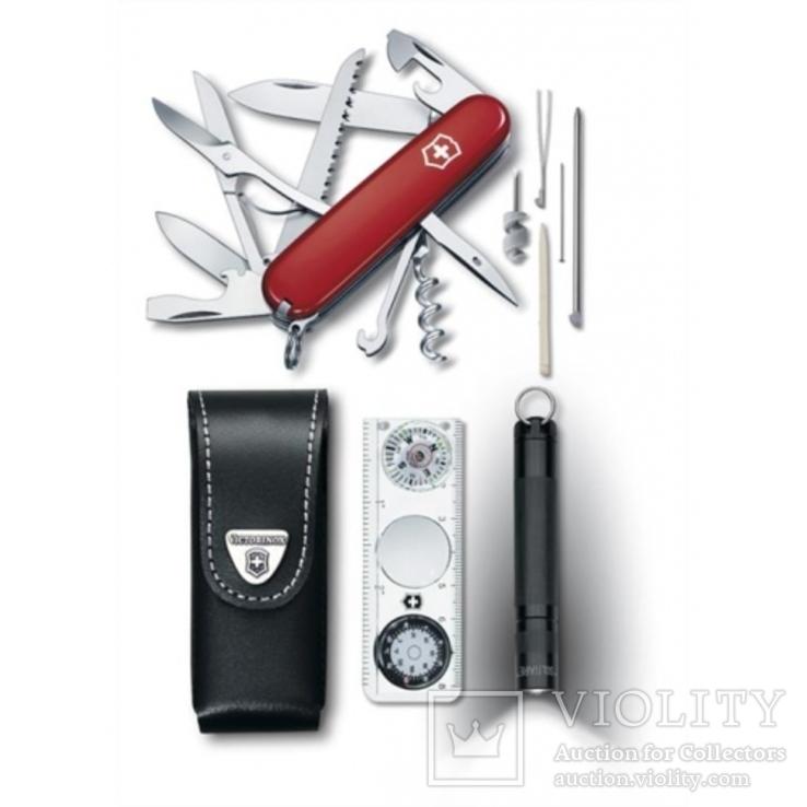 Мультитул Victorinox Treveller-Set kl. Red (1.8726) + 2 Фитнес браслета Adidas Fit Smart