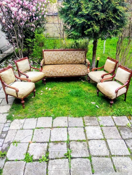 Салон. Диван і чотири крісла