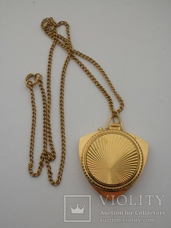 Часы кулон / медальон Заря в позолоте AU