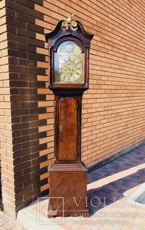 Английские напольные часы конца 18 века