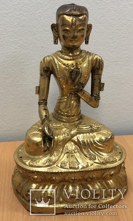 Будда. Бронзовая статуэтка. Старая Монголия. Высота 17 см.