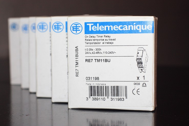 RE7TM11BU Telemecanique, Schneider Electric - реле времени