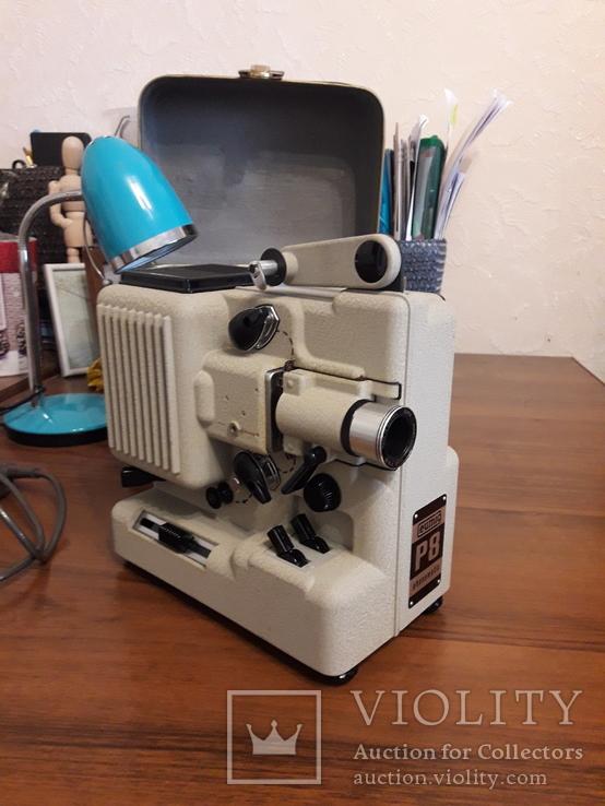 Винтажный кинопроектор Eumig P8 Phonomatic, 50-е годы 20-го века. Австрия., фото №2