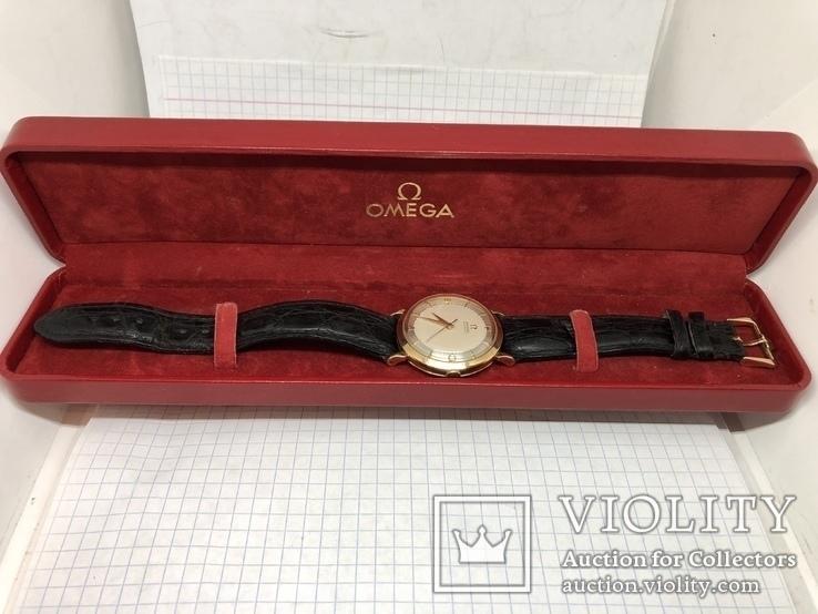 Золотые часы Omega