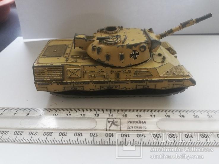 Немецкий танк Leopard 1