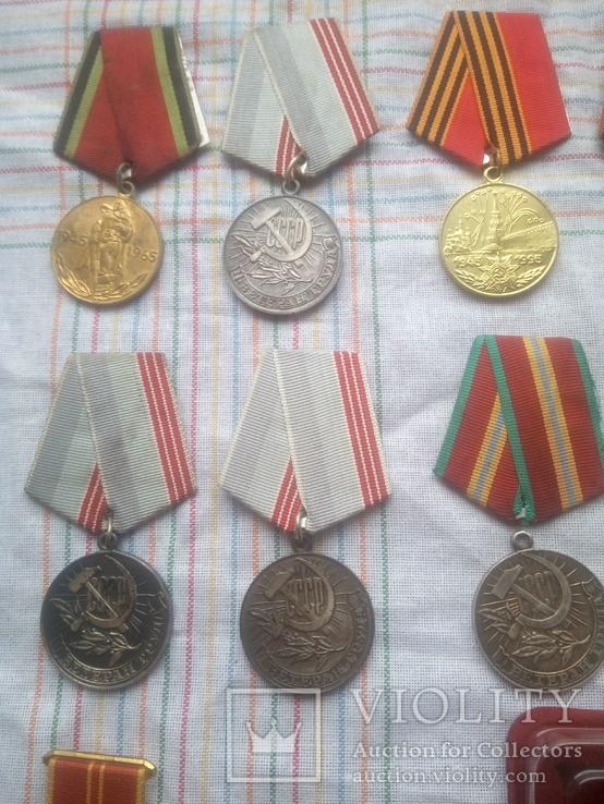 Лот     Ювілейних   медалів  СССР   24штук  \15  і   9\, фото №3