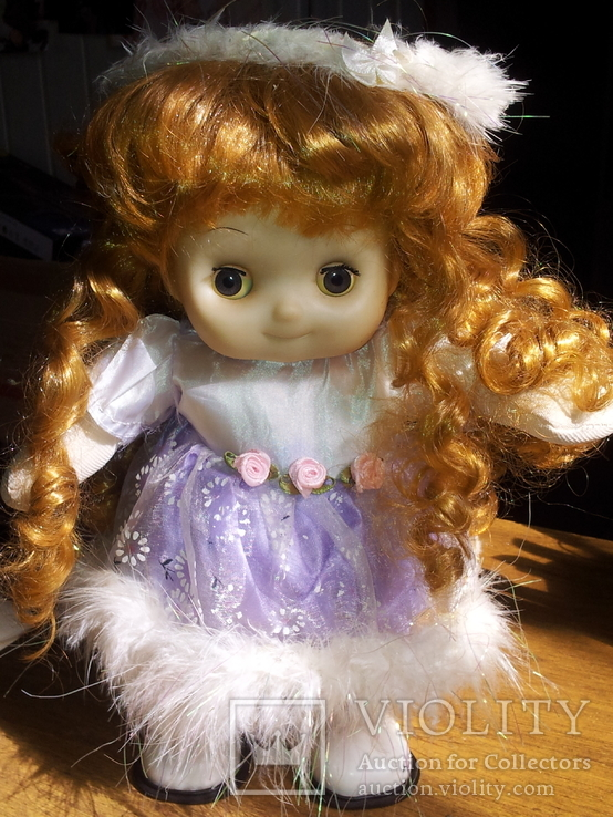 Кукла на батапейках