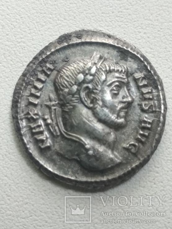 Аргентеус Максимилиан Геркулий 286-305