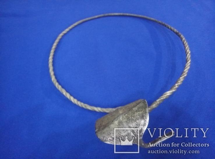 Шейная гривна Серебро 108 грам  8 век