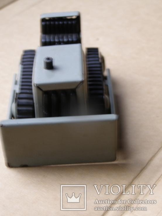 Трактор ссср (лопата подымается, гусеницы крутятся), фото №7