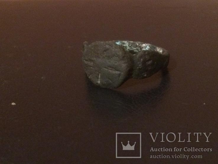Перстень с крестоподобной насечкой, фото №3