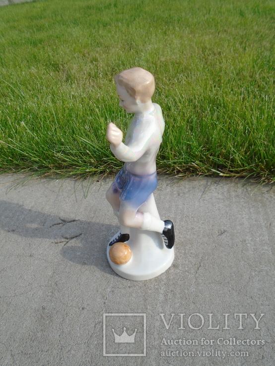 Фарфоровая фигурка статуэтка Футболист ГДР, фото №3